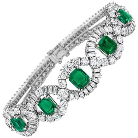 1950s Mellerio dits Meller Paris Emerald Diamond Platinum Bracelet For Sale at 1stdibs