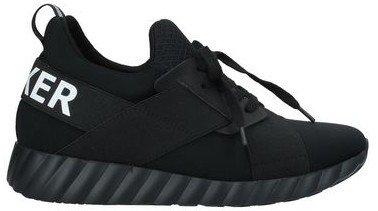 UMA PARKER Low-tops & sneakers