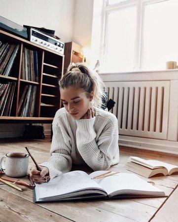 girl doing homework pinterest - Google Search