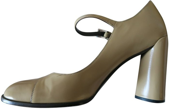 Mary Jane Beige Leather Heels