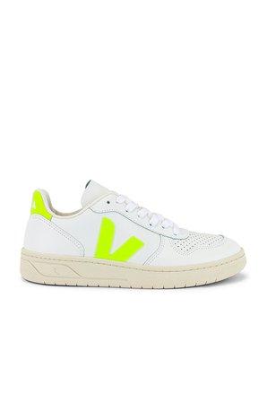 Veja V-10 Sneaker in Extra White & Jaune Fluo | REVOLVE