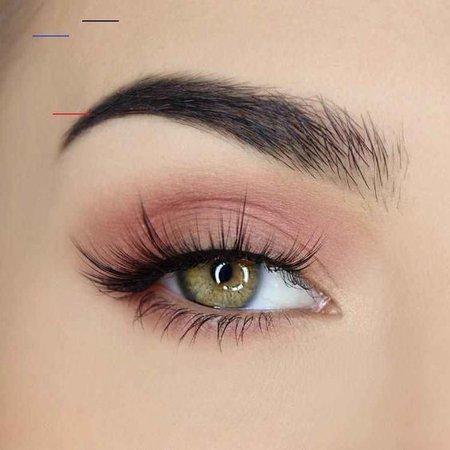 Light Nature Pink Eye Makeup