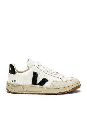 V 12 Sneaker