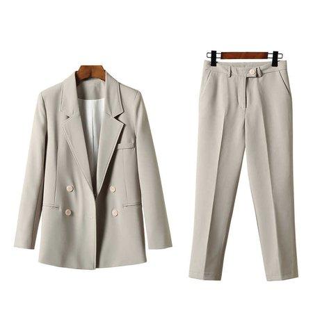 винтажный брючный костюм пиджак и шорты пнг: 11 тыс изображений найдено в Яндекс.Картинках