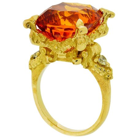 Altar of Psyche Ring in 18kt Gold with Concave Cut 14.81ct Citrine and Diamonds For Sale at 1stDibs