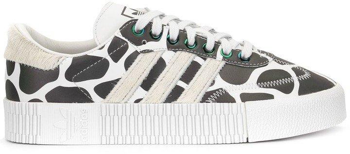 Falcon W sneakers