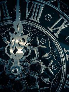 Midnight Clock (Cinderella Aesthetic)