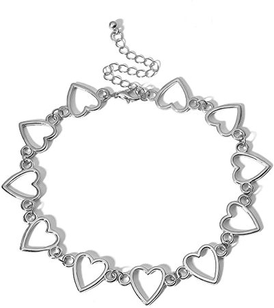 Amazon.com: Konpicca Heart Choker Necklace - Simple Geometric Circle Choker Statement Clavicle Necklace for Women Girls Necklace Jewerly(Silver): Clothing