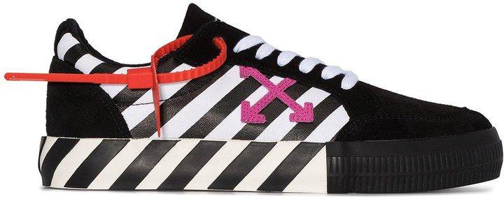 Arrow striped low-top sneakers