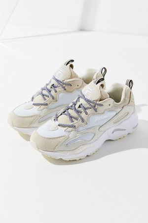 Sneakers Ray Tracer FILA | Urban Outfitters Canada