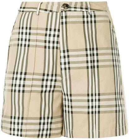 snap button checked shorts