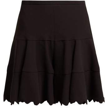 Scallop Edge Tiered Crepe Shorts - Womens - Black