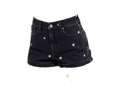 black daisy shorts