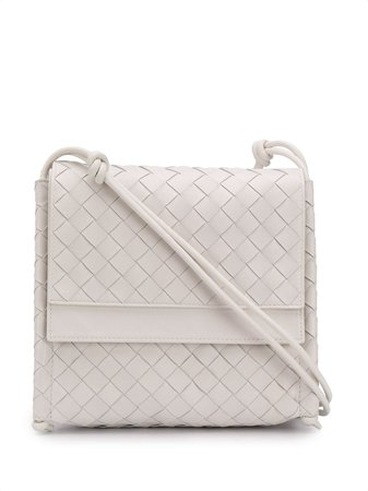 Shop white Bottega Veneta Intrecciato weave shoulder bag with Express Delivery - Farfetch