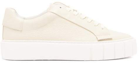 Primury - Dyo Leather Trainers - Womens - Cream