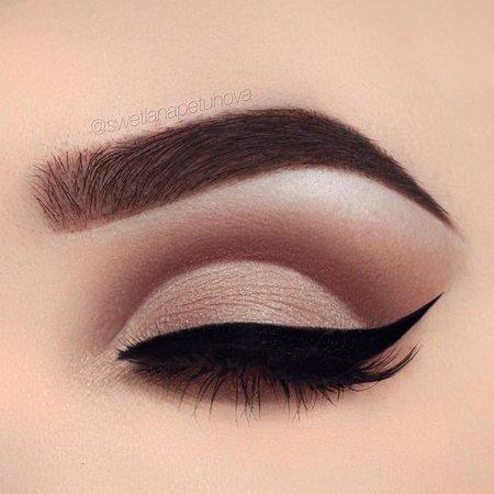 Resultado de imágenes de Google para http://www.ladystyle.org/wp-content/uploads/2017/03/Simple-matte-nude-eye-makeup.jpg