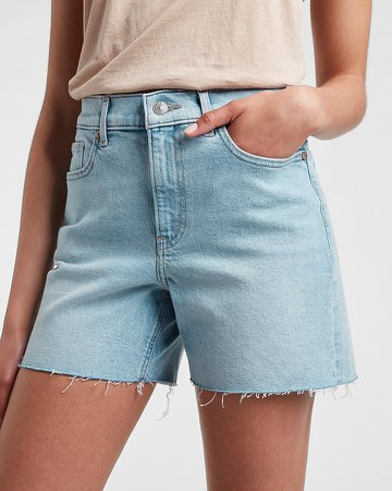 High Waisted Light Wash Raw Hem Jean Shorts