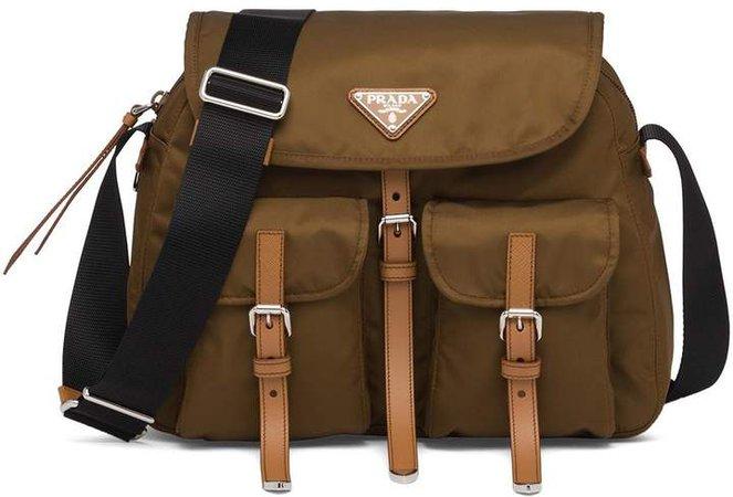 flap pockets shoulder bag