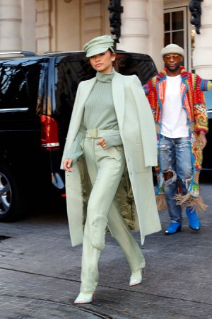 zendaya-looks-stylish-in-an-all-mint-colored-ensemble-as-she-leaves-her-hotel-with-law-roach-in-paris-france-270219_3.jpg (1200×1800)