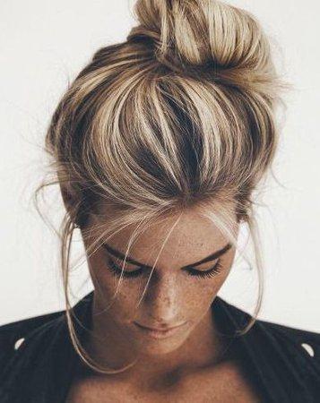 brown hair with blonde highlights messy bun | Hair | Hair, Fall hair colors, Hair Color