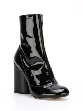 Marc Jacobs Cylindrical Heel Ankle Boots