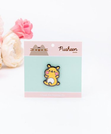 Cheek the Hamster Pin – Pusheen Shop