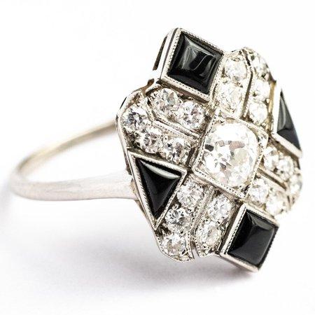 1920's 14kt White Gold Art Deco Diamond and Black Onyx Ring - Bijoux Jewels