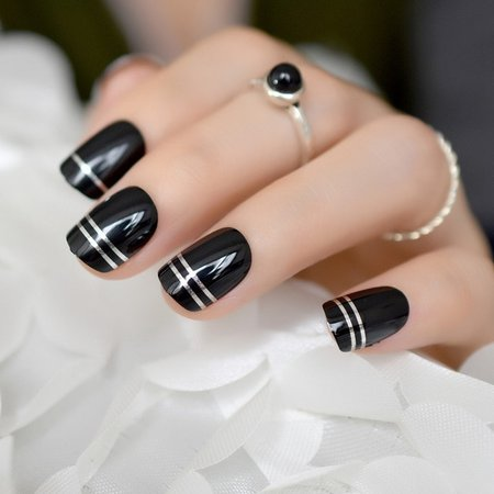 nails black silver metallic