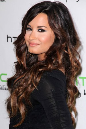 Demi Lovato Wavy Dark Brown Ombré Hairstyle   Steal Her Style