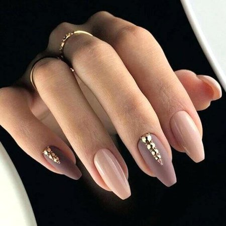 pink-and-gold-acrylic-nails-almond-acrylic-nails-with-gold-and-pink-pink-glitter-gel-acrylic-nails.jpg (564×564)