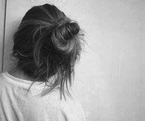 Messy bun - tumblr girl - b&w