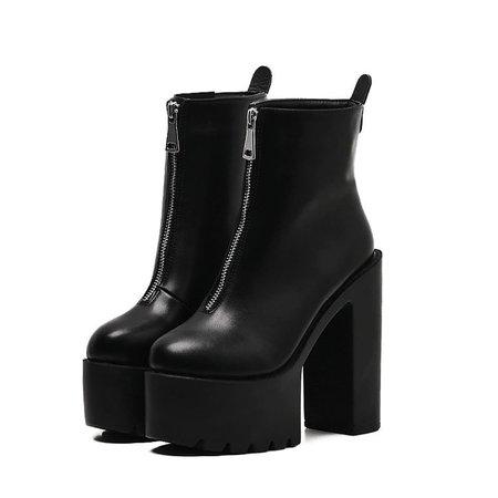 "Blacklab Italia no Instagram: ""🌙 Zip boots 🌙 Shop now: www.blacklabitalia.com . . . . . . #goth #gothgirl #gothic #punk #blackandwhite #black #grunge #grungeaesthetic…"""