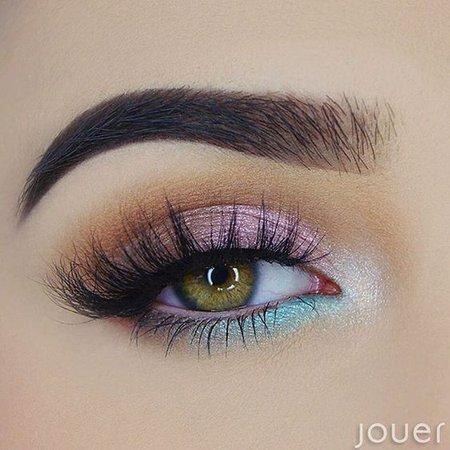 Pastel Pink & Blue Eye Makeup