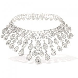 Messika Persian Drop Necklace as seen on Beyonce Knowles | Star Style