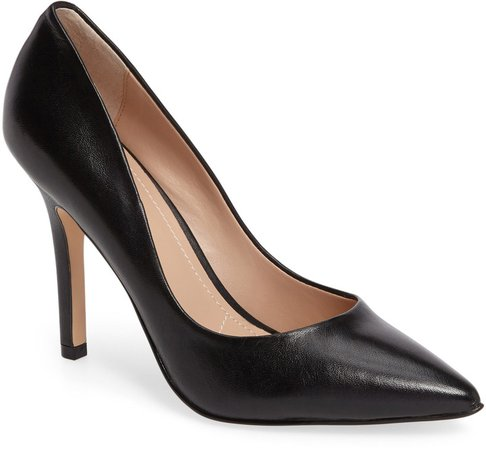 Maxx Pointed Toe Pump