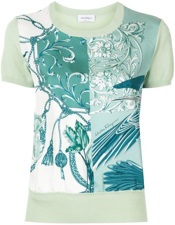 short sleeved printed T-shirt