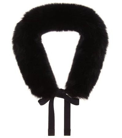Lipsia fox fur hood trim