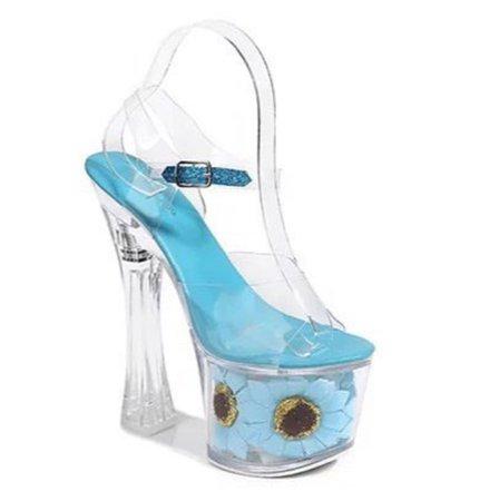 Blue high heels - @Whytwokayy