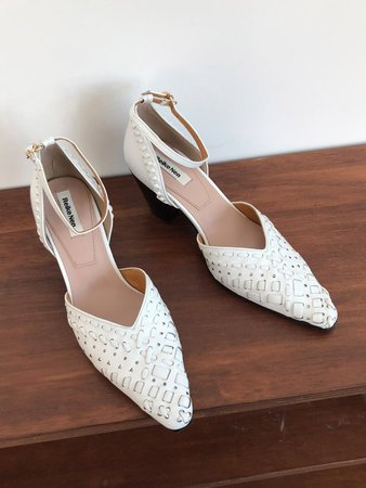String Embroidery Strap Pumps White