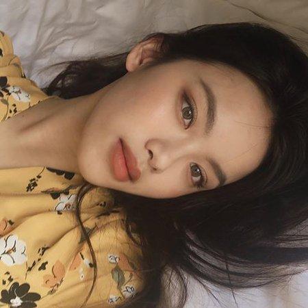 Lei Face Claim: Hillary Trinh - Instagram: @hyulari