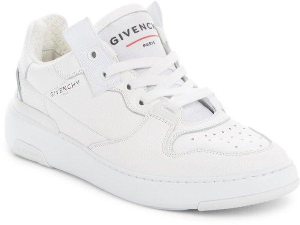 Wing Low Top Sneaker