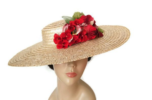 Straw sun hat with red flowers | Tocados TocChic