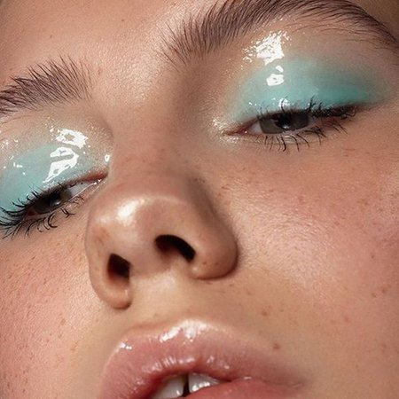 mint green glossy eye makeup