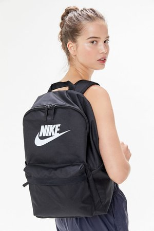 Nike Heritage 2.0 Backpack | Urban Outfitters