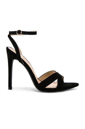 Niecy Heel
