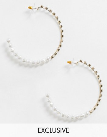 Reclaimed Vintage inspired pearl hoop earrings in gold | ASOS