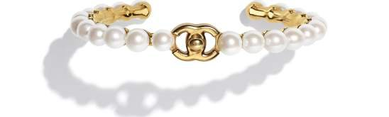 Cuff, metal & imitation pearls, gold & pearly white - CHANEL