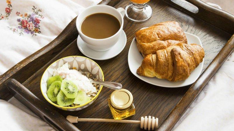 10 Secrets of Hotel Room Service | Mental Floss