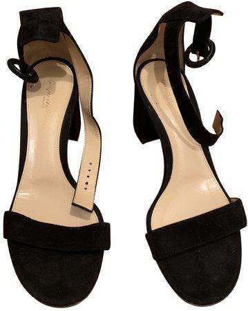 Versilia Black Suede Sandals