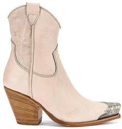 Brayden Western Boot